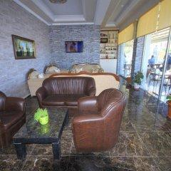 Akkuslar Hotel Турция, Айвалык - отзывы, цены и фото номеров - забронировать отель Akkuslar Hotel онлайн интерьер отеля