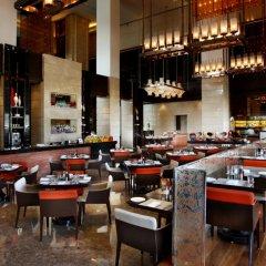 Отель Crowne Plaza New Delhi Rohini Индия, Нью-Дели - отзывы, цены и фото номеров - забронировать отель Crowne Plaza New Delhi Rohini онлайн питание