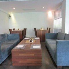 Отель Luxx Xl At Lungsuan Бангкок интерьер отеля