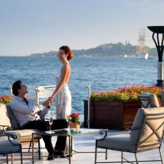 Four Seasons Hotel Istanbul at the Bosphorus пляж