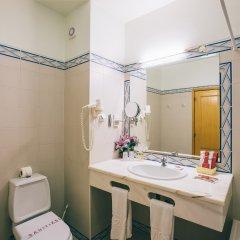Отель Grand Muthu Forte da Oura Португалия, Албуфейра - отзывы, цены и фото номеров - забронировать отель Grand Muthu Forte da Oura онлайн ванная