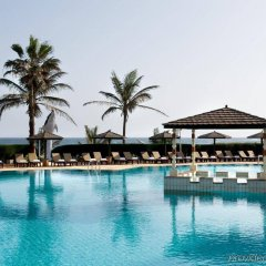 Отель King Fahd Palace бассейн