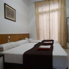Отель Hostal Mont Thabor комната для гостей фото 4