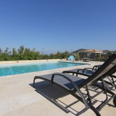 Отель Villa Abelos Греция, Галатси - отзывы, цены и фото номеров - забронировать отель Villa Abelos онлайн бассейн фото 2