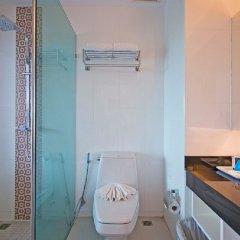 Отель The Par Phuket ванная