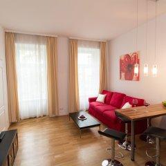 Отель CheckVienna - Apartment Steingasse Австрия, Вена - отзывы, цены и фото номеров - забронировать отель CheckVienna - Apartment Steingasse онлайн комната для гостей фото 3