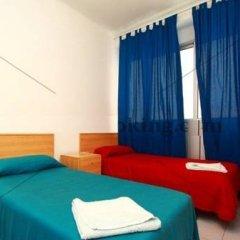 Отель Hostal Elkano Испания, Барселона - отзывы, цены и фото номеров - забронировать отель Hostal Elkano онлайн комната для гостей фото 4