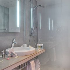 Отель Mercure Nice Promenade Des Anglais ванная фото 4
