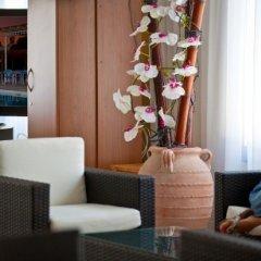 Damon Hotel Apartments гостиничный бар