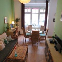 Отель Hostel Lollis Homestay Dresden Германия, Дрезден - 1 отзыв об отеле, цены и фото номеров - забронировать отель Hostel Lollis Homestay Dresden онлайн комната для гостей фото 5