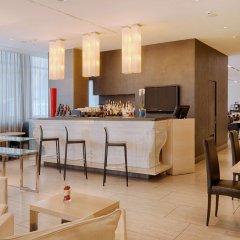 Отель NH Bologna De La Gare Италия, Болонья - 2 отзыва об отеле, цены и фото номеров - забронировать отель NH Bologna De La Gare онлайн гостиничный бар