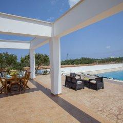 Отель Protaras Views Villa Кипр, Протарас - отзывы, цены и фото номеров - забронировать отель Protaras Views Villa онлайн бассейн фото 2