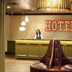 Отель Golden Gate Casino Hotel США, Лас-Вегас - 2 отзыва об отеле, цены и фото номеров - забронировать отель Golden Gate Casino Hotel онлайн интерьер отеля фото 2