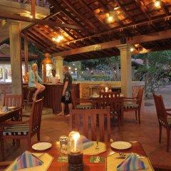 Отель Wunderbar Beach Club Hotel Шри-Ланка, Бентота - отзывы, цены и фото номеров - забронировать отель Wunderbar Beach Club Hotel онлайн питание фото 2