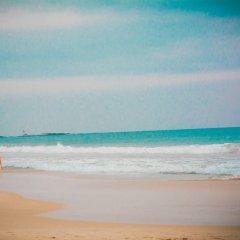 Отель Avon Hikkaduwa Guest House Шри-Ланка, Хиккадува - отзывы, цены и фото номеров - забронировать отель Avon Hikkaduwa Guest House онлайн пляж