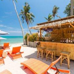 Отель Bandara Phuket Beach Resort бассейн фото 5