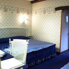 Отель Grand Hôtel Dechampaigne Франция, Париж - 6 отзывов об отеле, цены и фото номеров - забронировать отель Grand Hôtel Dechampaigne онлайн комната для гостей фото 4