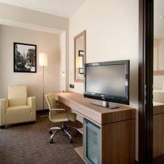 Отель DoubleTree by Hilton Milan Милан удобства в номере