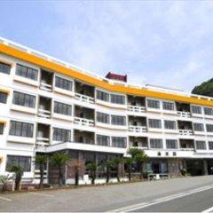 Hotel Kaikoen Камогава вид на фасад