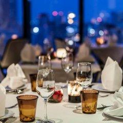 Отель The Continent Bangkok by Compass Hospitality питание