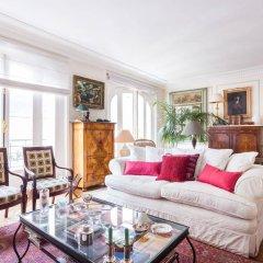 Отель onefinestay - Parc Monceau Apartments Франция, Париж - отзывы, цены и фото номеров - забронировать отель onefinestay - Parc Monceau Apartments онлайн комната для гостей фото 5