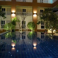 Отель U-tiny Boutique Home Suvarnabh Бангкок бассейн фото 3