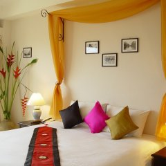 Отель The Old Phuket - Karon Beach Resort 4* Стандартный номер с разными типами кроватей фото 3