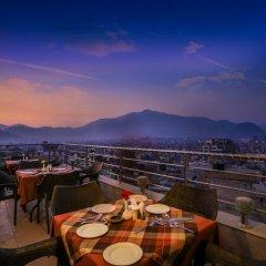 Отель Manang Непал, Катманду - отзывы, цены и фото номеров - забронировать отель Manang онлайн балкон