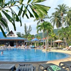 Отель Andaman Lanta Resort бассейн