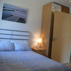 Апартаменты 2 Bedroom Apartment With Balcony Overlooking River комната для гостей фото 2
