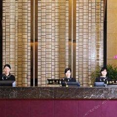 Yiside Poly Zhonghui Plaza Hotel интерьер отеля