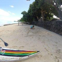 Отель Fare Edith Французская Полинезия, Муреа - отзывы, цены и фото номеров - забронировать отель Fare Edith онлайн пляж