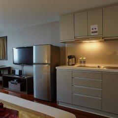 Отель Royal Suite Residence Boutique Бангкок в номере фото 2