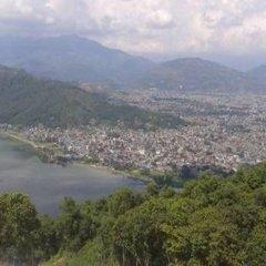 Отель Mandala Непал, Покхара - отзывы, цены и фото номеров - забронировать отель Mandala онлайн приотельная территория фото 2