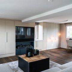 Апартаменты Airhome Limmatquai River View Apartment комната для гостей фото 3