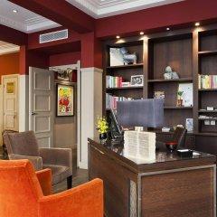 Отель Crystal Hotel Франция, Париж - 8 отзывов об отеле, цены и фото номеров - забронировать отель Crystal Hotel онлайн развлечения