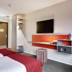 Отель Good Morning + Helsingborg сейф в номере