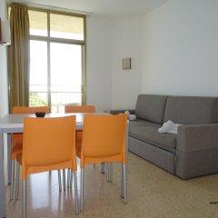 Отель Apartamentos ALEGRIA Bolero Park Испания, Льорет-де-Мар - 2 отзыва об отеле, цены и фото номеров - забронировать отель Apartamentos ALEGRIA Bolero Park онлайн комната для гостей