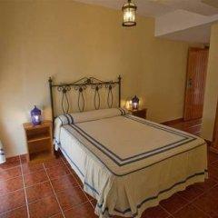 Отель Hostal San Juan Испания, Салобрена - отзывы, цены и фото номеров - забронировать отель Hostal San Juan онлайн комната для гостей фото 5