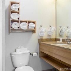 Отель Comfort Suites Seven Mile Beach Каймановы острова, Севен-Майл-Бич - отзывы, цены и фото номеров - забронировать отель Comfort Suites Seven Mile Beach онлайн ванная