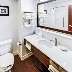 Отель Hampton Inn Columbus I-70E/Hamilton Road США, Колумбус - отзывы, цены и фото номеров - забронировать отель Hampton Inn Columbus I-70E/Hamilton Road онлайн ванная фото 2