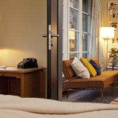 Отель Henri Hotel Hamburg Downtown Германия, Гамбург - 1 отзыв об отеле, цены и фото номеров - забронировать отель Henri Hotel Hamburg Downtown онлайн удобства в номере фото 2