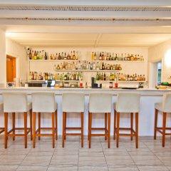 Yiannaki Hotel гостиничный бар
