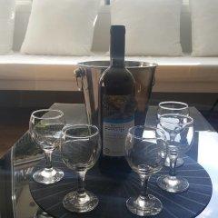 Отель MJ Luxury Suites гостиничный бар
