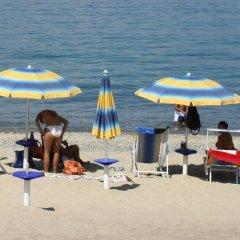 Отель Marinella Италия, Пиццо - отзывы, цены и фото номеров - забронировать отель Marinella онлайн пляж
