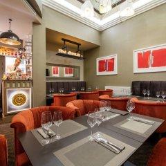Отель Villa Saint-Honoré Франция, Париж - отзывы, цены и фото номеров - забронировать отель Villa Saint-Honoré онлайн гостиничный бар