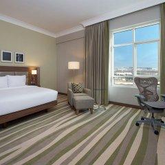 Отель Hilton Garden Inn Dubai Al Muraqabat Дубай комната для гостей фото 3