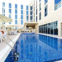 Отель Premier Inn Doha Education City бассейн