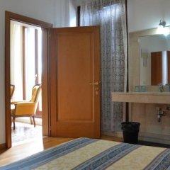 Отель Casa Favaretto Италия, Венеция - 1 отзыв об отеле, цены и фото номеров - забронировать отель Casa Favaretto онлайн удобства в номере фото 2
