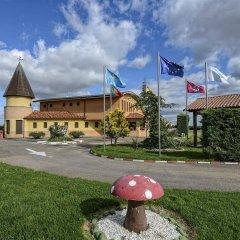 Отель Motel Cancun León парковка